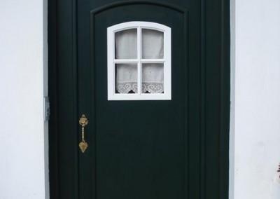 Puertas y ventanas en madera
