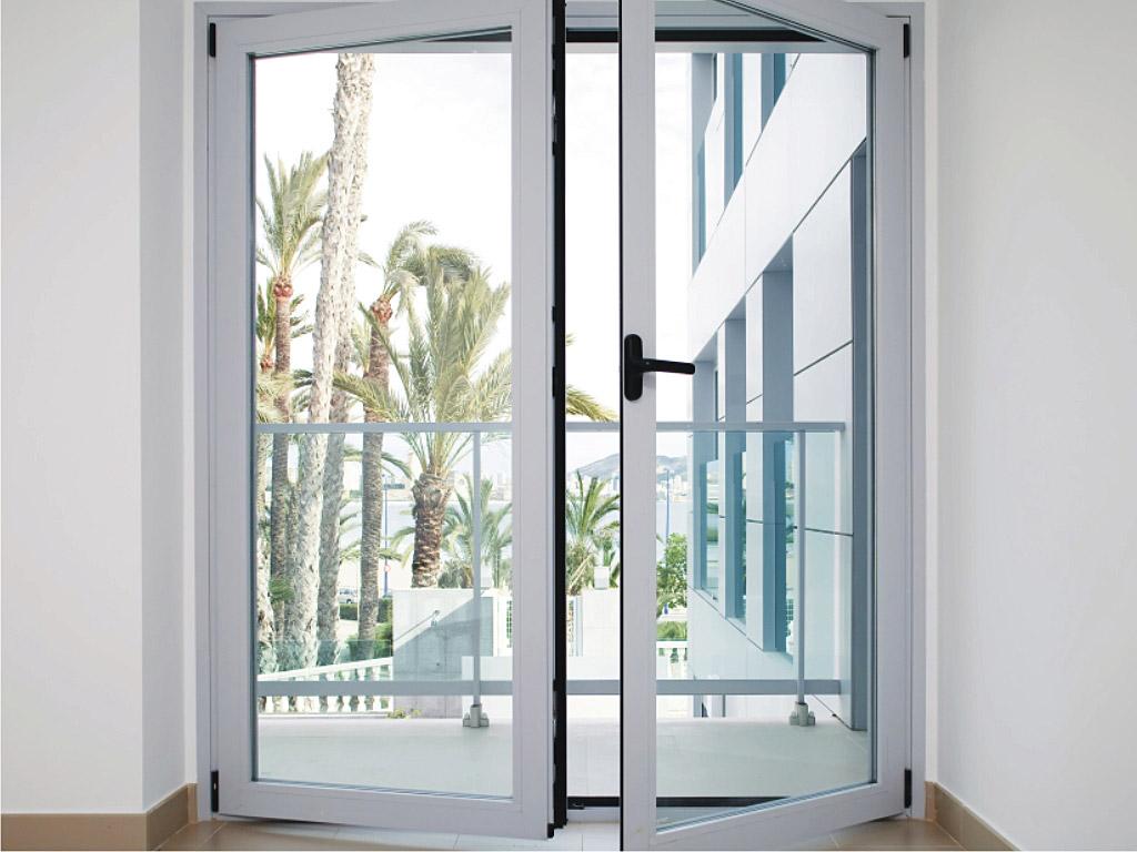ventanas abisagradas cortizo